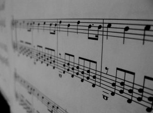 Symphony-piano-4639669-2560-1896